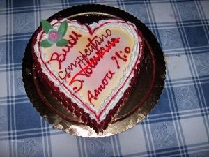 Mixtape arpirle 2013, torta di san valentino adattata a compleanno per risparmiare contro la crisi